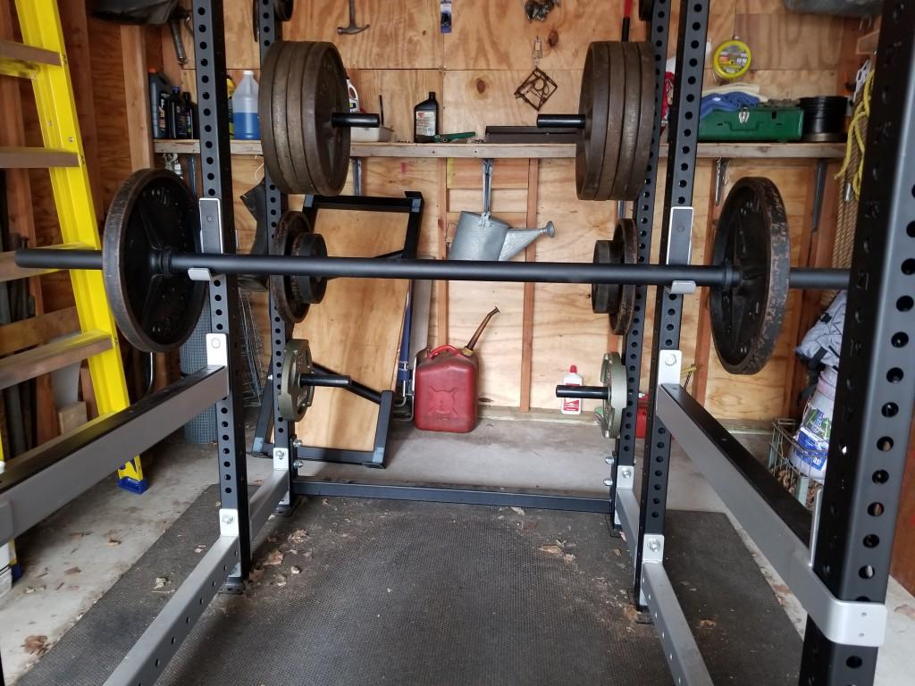 Fringe Axle Bar in my garage gym