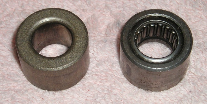 Olympic bar bushing on the left, needle bearings on the right