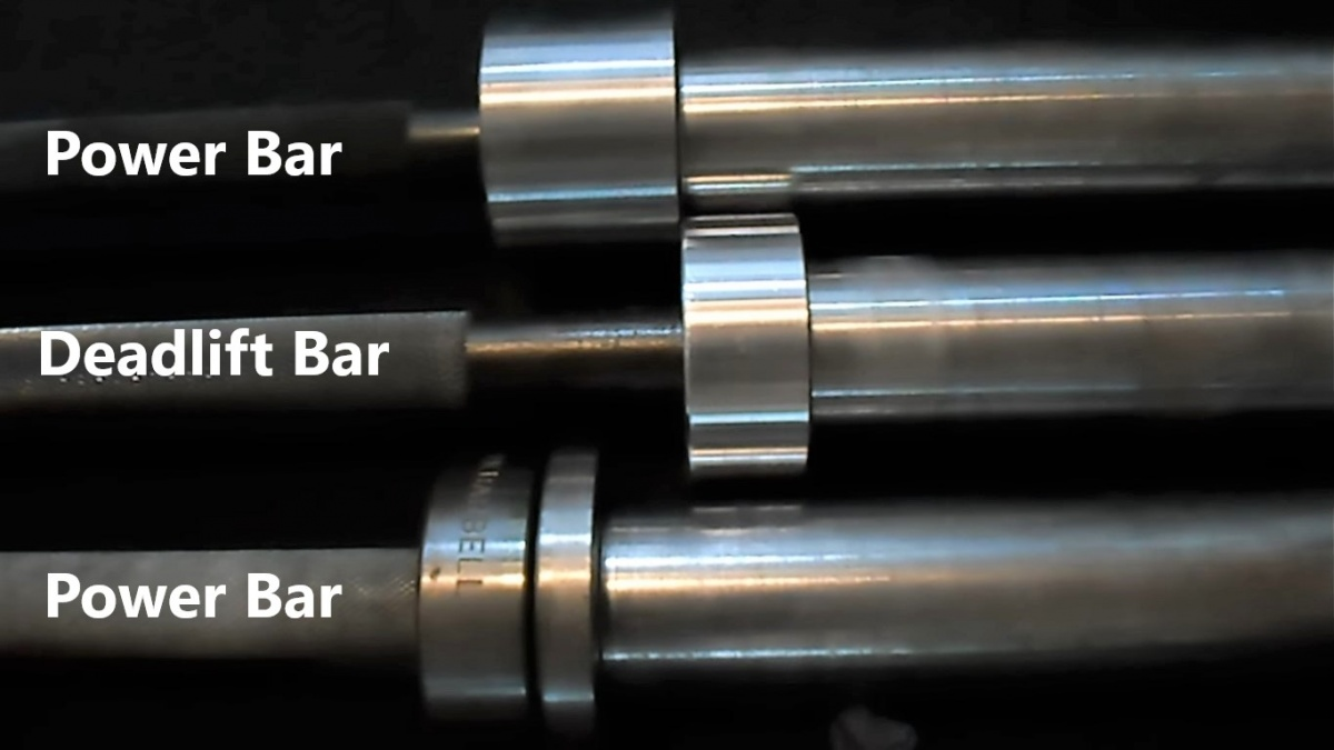 The Texas deadlift bar in the middle, one of the best deadlift bars