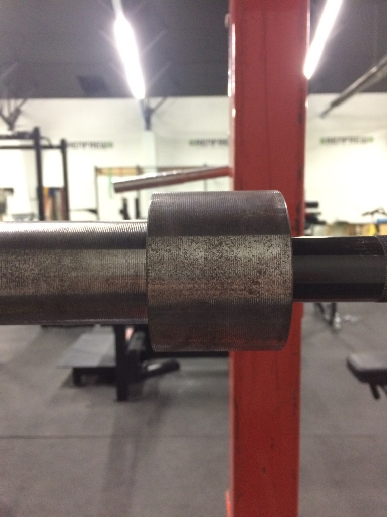 Grooves on chrome sleeve of Texas Squat Bar