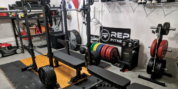A tour of kyle s new garage gym in urbandale iowa