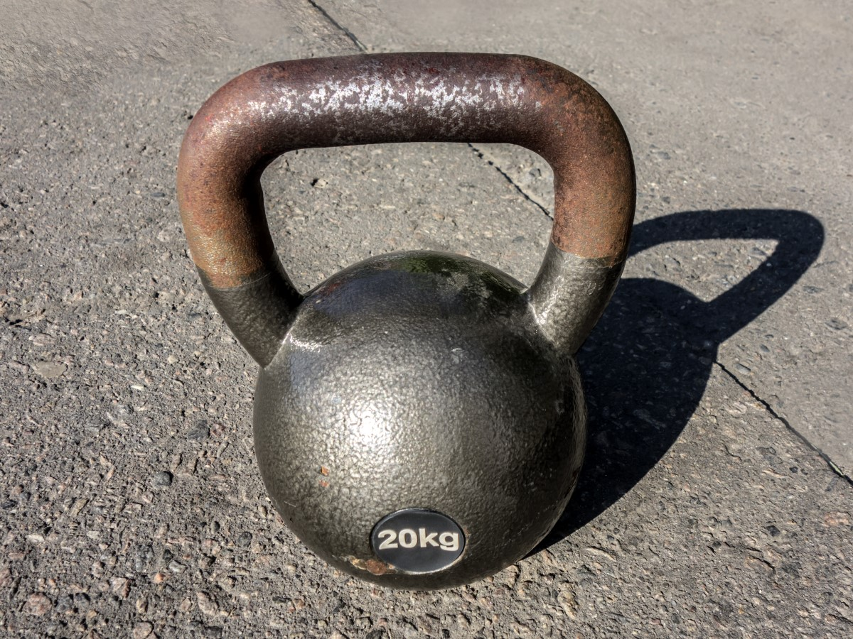 kettlebell with rusted handle