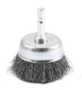 stainless steel brush to clean a rusty barbell